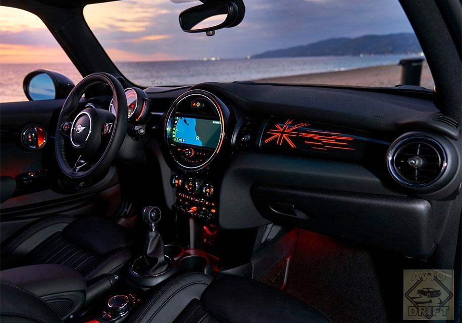 c6cd5793d2 8291427 28946994 - Автокомпания Mini представила рестайлинговый хэтчбек и кабриолет перед премьерой на NAIAS-2018 в Детройте