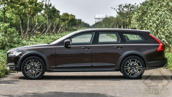150218 32 - Объявлена дата дебюта универсала Volvo V60