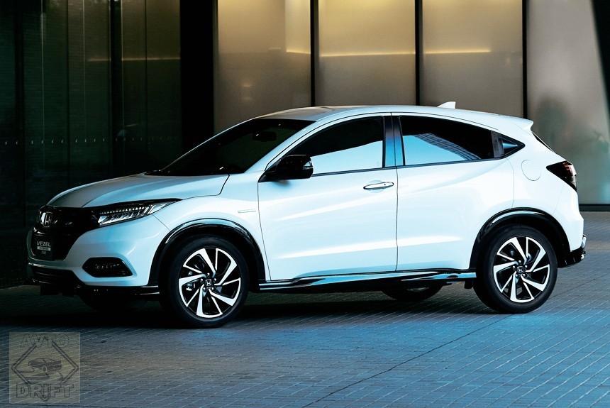 Article 163276 860 575 - Стартовали продажи обновлённого кроссовера Honda Vezel