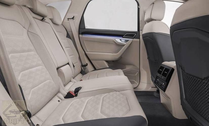 251664cceebbb76c74e6e59d18 - Volkswagen официально представил Touareg нового поколения