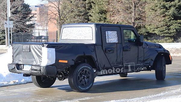 260318 22 - Дебют нового пикапа Jeep Wrangler должен состояться до конца этого года