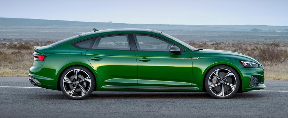 5abb8aaeec05c4f6200000a2 - На автосалоне в Нью-Йорке представлен Audi RS 5 Sportback нового поколения