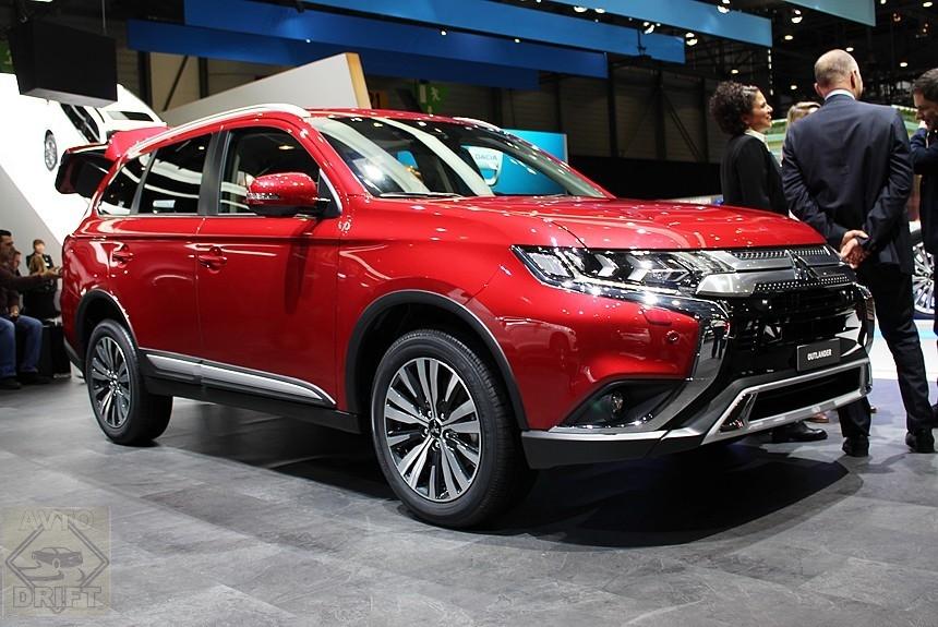 Article 163827 860 575 - Mitsubishi привезла в Женеву Outlander после рестайлинга