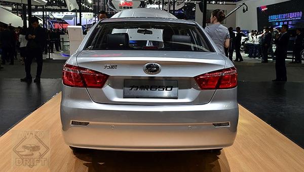 080418 25 - Новый электромобиль Lifan Solano EV представят на «Пекинском автосалоне»
