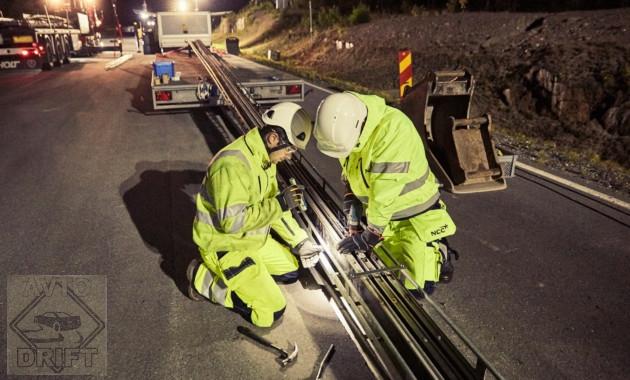 2337 - В Швеции представлена дорога для подзарядки батареи электромобиля