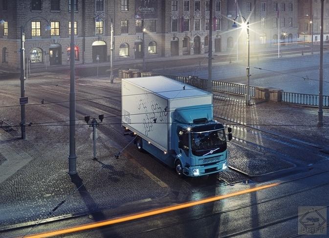 2bc20d8f47bff19a058136b9262aa483589aff18 1 - Volvo представила электрогрузовик FL Electric