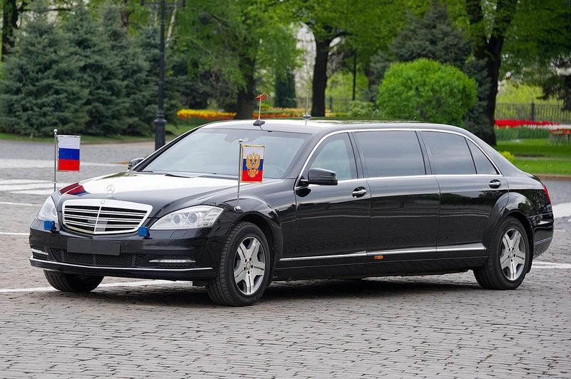 VSyns13nBe3 6tsGZP anws800 - Бронированный лимузин Путина выставлен на продажу