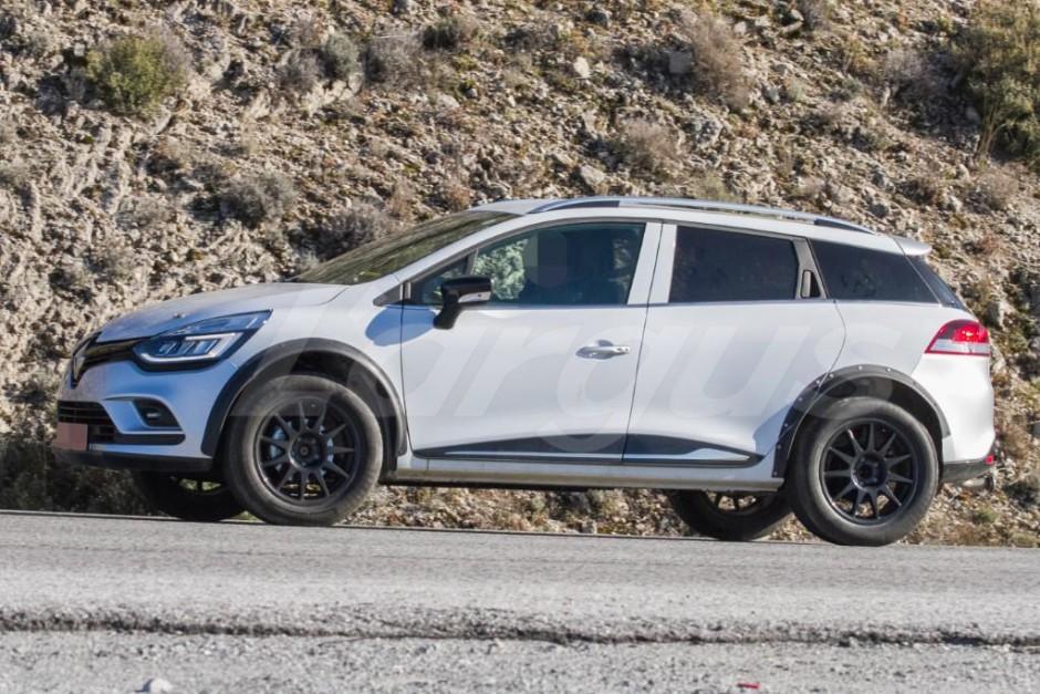 renault clio 5 mulet vue profil - Renault Captur второго поколения замечен в Андалусии