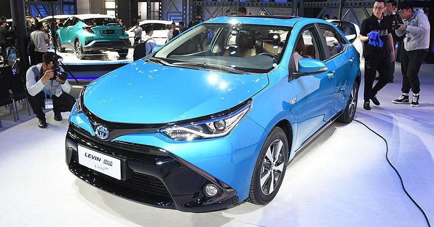 toyota levin phev1 - Toyota Corolla получила гибридную версию PHEV с возможностью зарядки от розетки