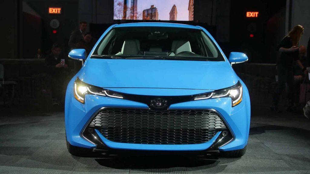 3219 1024x576 - В Нью-Йорке состоится премьера Toyota Corolla в кузове хэтчбек
