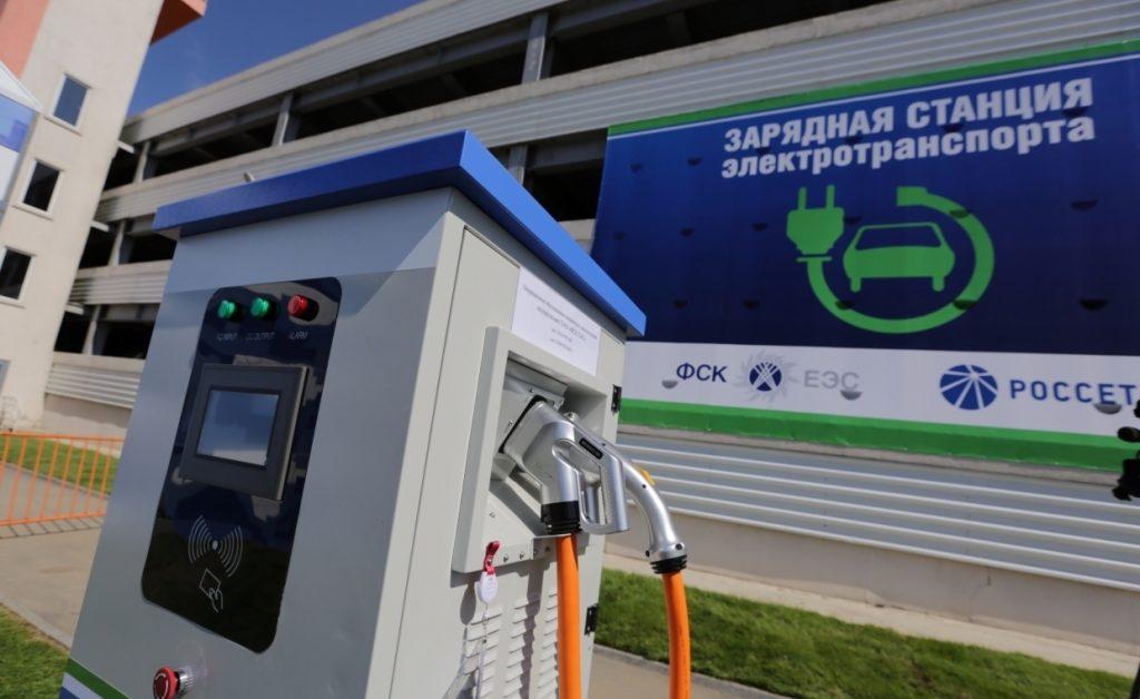 44124654365 1024x628 - Владельцев электромобилей хотят освободить от транспортного налога в России