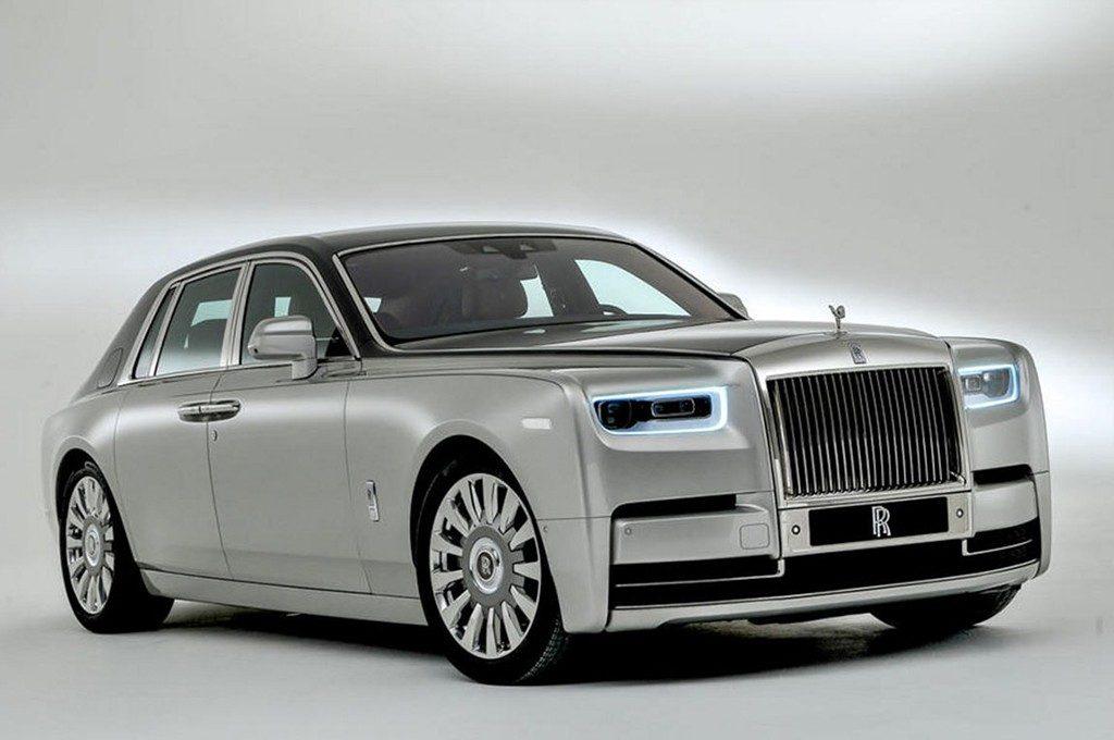 Rolls Royce Phantom 2018 2019 1 fill 1024x680 1024x680 - Авторынок России: мировые новинки, которые появятся в мае 2018 года