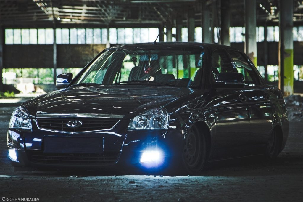 y4sJwnWSXag 1024x682 - Джигиты в трауре: АвтоВАЗ снимает с производства седан Lada Priora