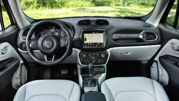 2019 jeep renegade facelift 4 600x338 - 34348212761