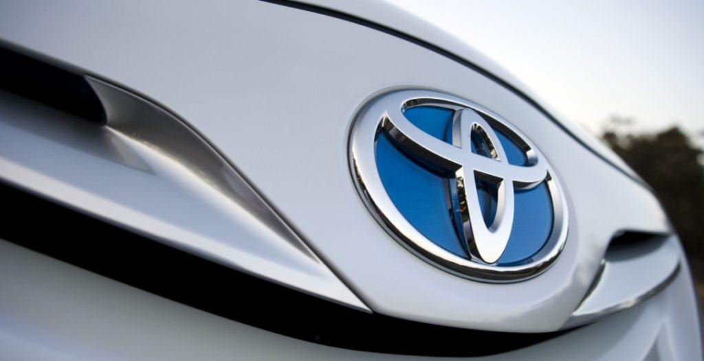 koncern toyota planiruet otkazatsya ot benzinovyh avtomobiley do 2050 goda avtonovosti 2 1024x526 - Toyota решила дороговизну топлива - это педали!