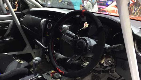 120818 38 - Компания Toyota представила новый «брутальный» внедорожник Fortuner с обвесом от TRD
