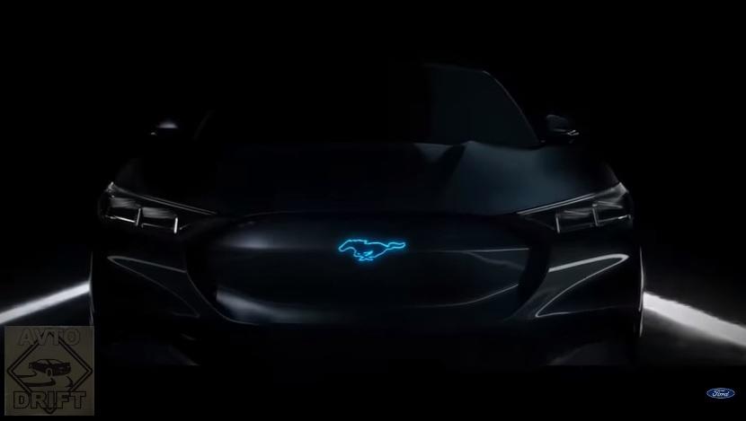 3432423 - Будущее культового автомобиля Ford Mustang в минутном рекламном ролике