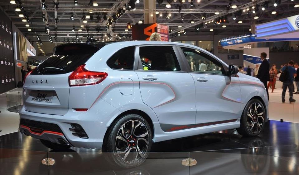 234232456556 - АвтоВАЗ скорректировал планы по выпуску спортивных версии  Lada Vesta и XRAY