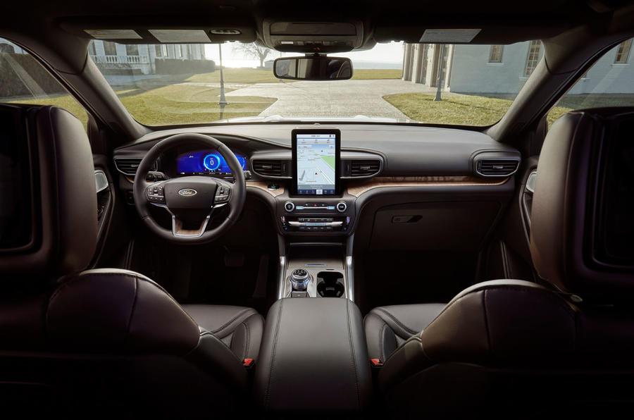 24 ford explorer interior - Ford представит шестое поколение внедорожника Explorer в Детройте