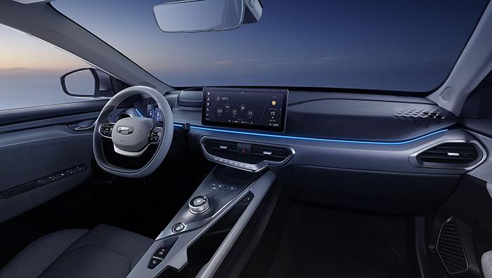 250219 10 - Geely представила салон конкурента Tesla
