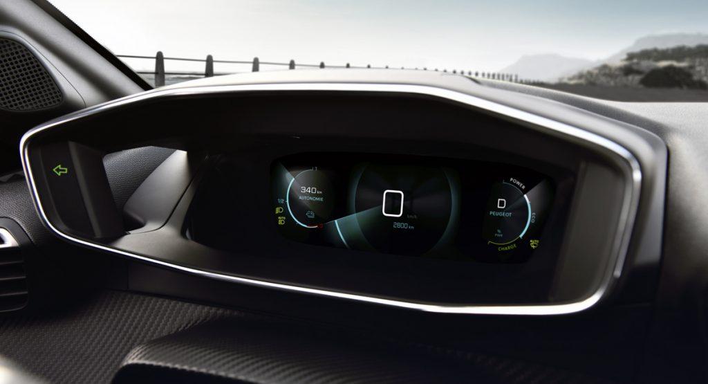 peugeot e208 6 1024x555 - Есть чем удивить: Представлен новый Peugeot 208