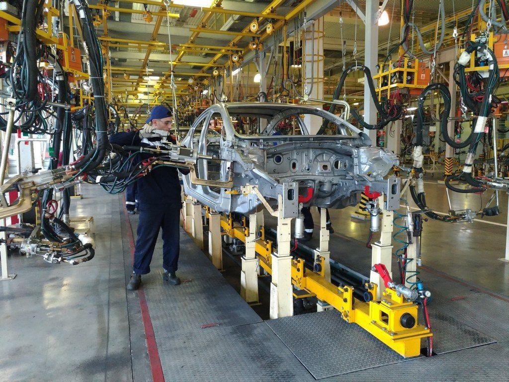 e17a59ad3611e0c6d8f58e1feb287aab 1024x768 - На заводе «АВТОТОР» начнут собирать FAW Besturn X40
