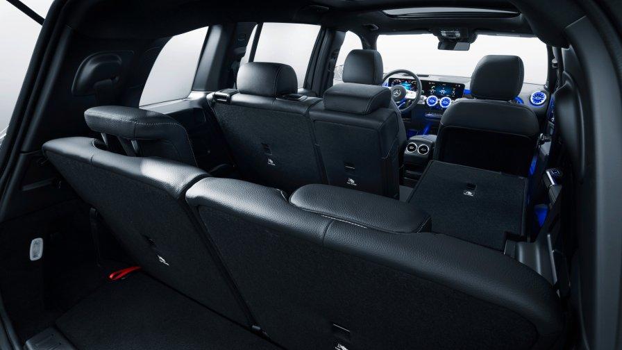 04 mercedes benz glb 2019 x247 suv 2560x1440 - Mercedes-Benz официально представил свой новый семиместный кроссовер GLB
