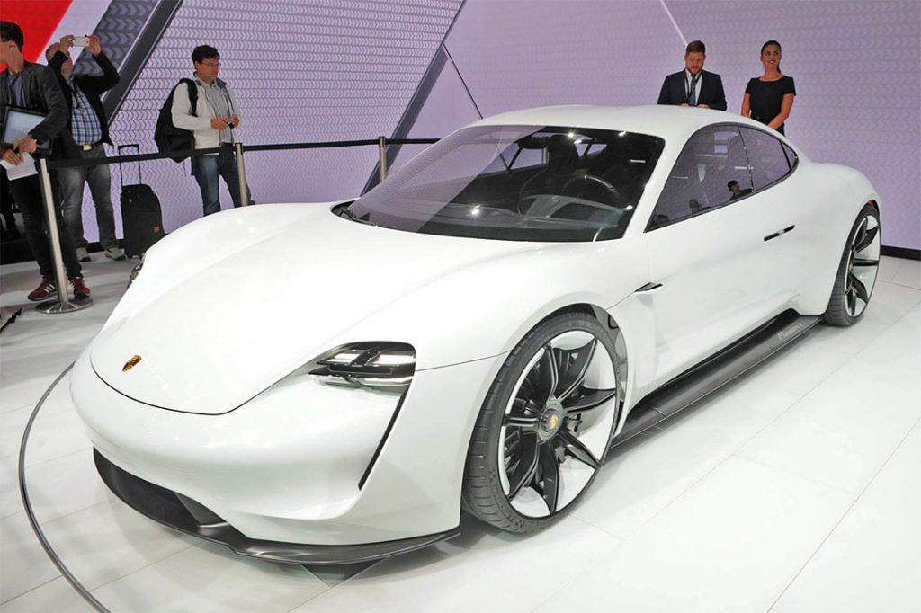 Porsche Mission E Concept 2016 4 min 1024x682 - Porsche опубликовала изображение нового спортивного электрокара