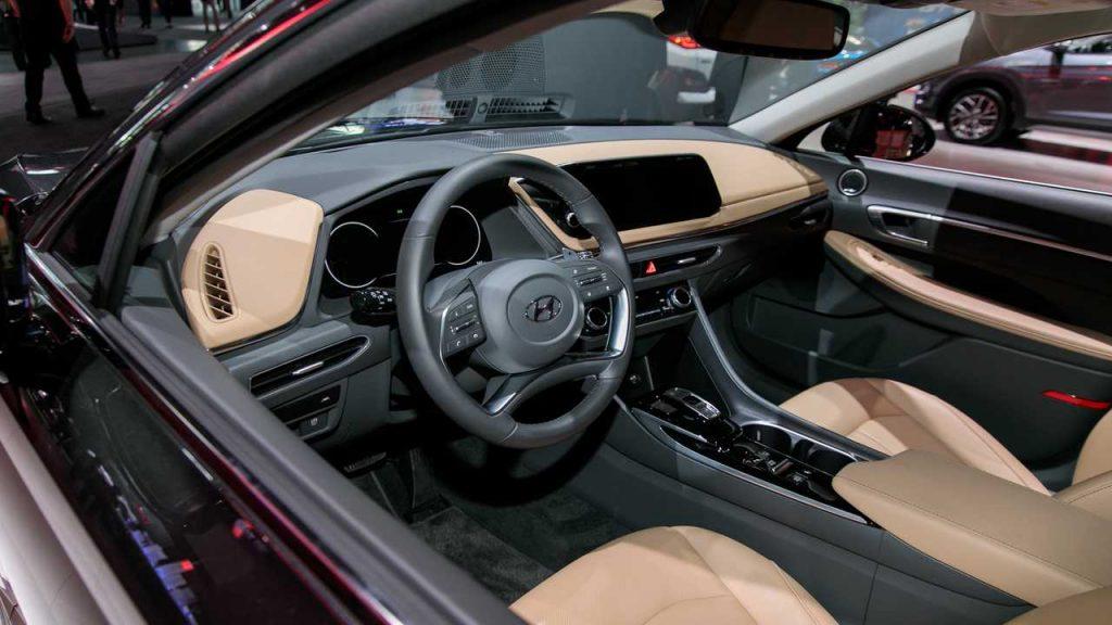 2020 hyundai sonata u s at the new york auto show 1024x576 - Новая Hyundai Sonata стандартизировался в России
