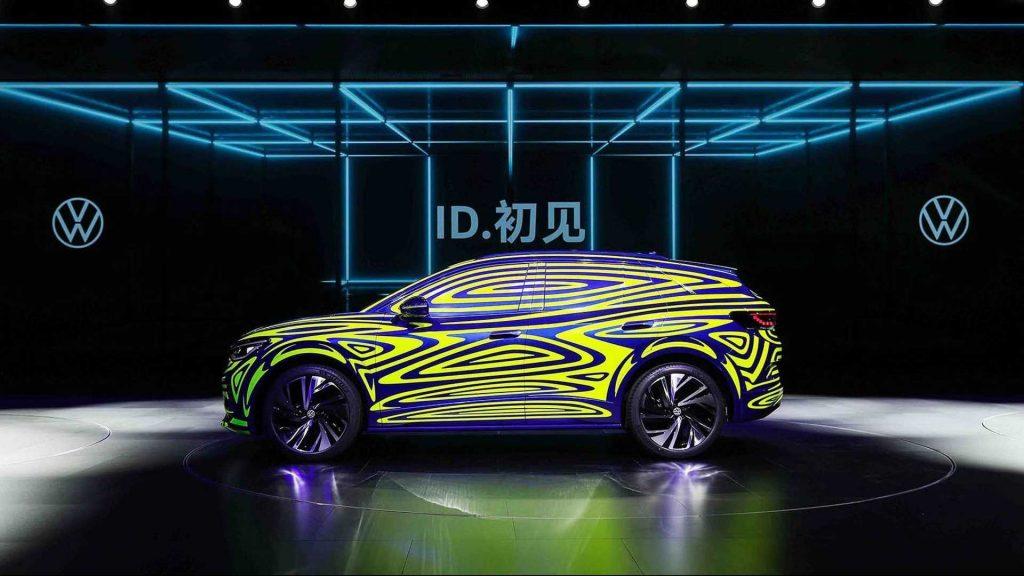 vw id 4 teaser 1024x576 - Volkswagen представил «следующий» ID на эксклюзивном мероприятии в Китае