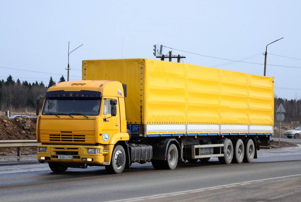 KAMAZ 5460 1024x686 - Транспортный налог на старые грузовики планируют сильно увеличить