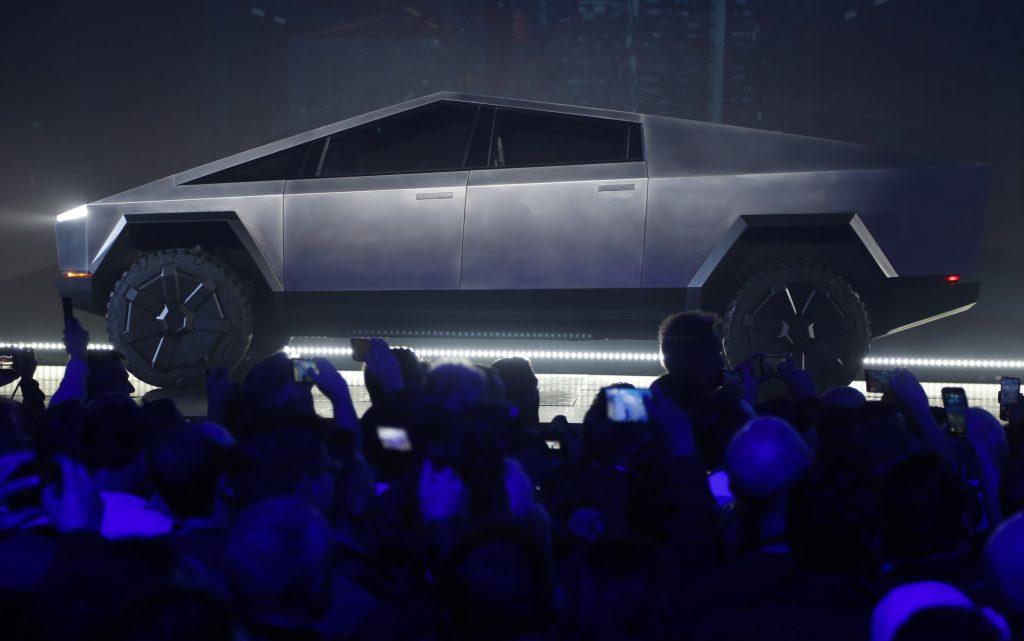 """LWVQZKRCWBG5BFHJELZB67RBWE 1024x641 - В Китае открыт предзаказ на """"виртуальный"""" Tesla Cybertruck"""